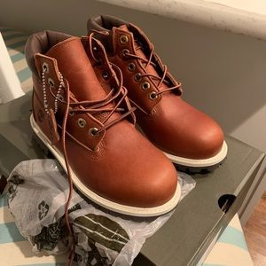 Custom Timberlands NEVER WORN Size 2